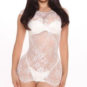 White lace chemise set NWT